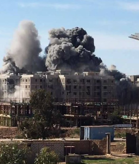 Airstrike-on-12-buildings_libia