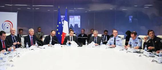 Imagen 4: Reunión del Centro Interministerial de Crisis del 23 de marzo de 2018 tras el atentado de Trèbes. Fuente: France Culture.