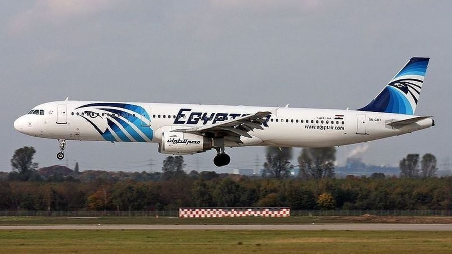 avion-compaia-EgyptAir